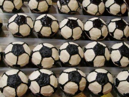 Favorite Party Buttercream Soccer Cupcakes via NerdyBaker.wordpress.com